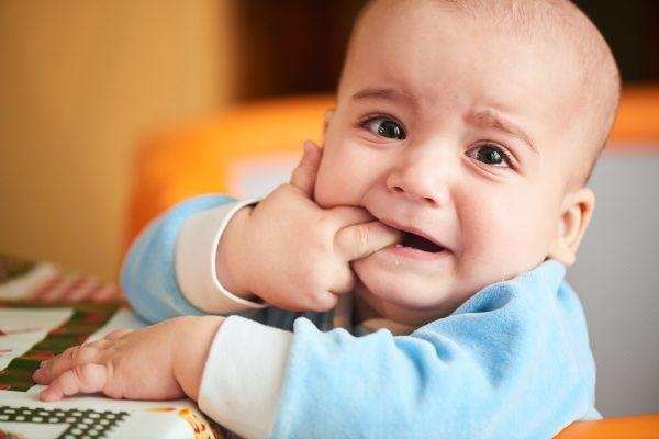 Những lưu ý khi trẻ mọc răng (nguồn: internet)