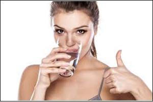 Uống nước đúng cách để tránh nguy cơ trụy tim
