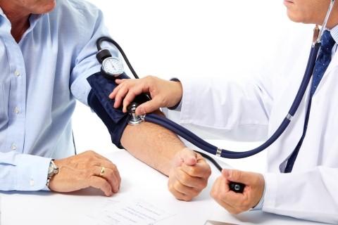 Huyết áp cao có thể gây ra như đột quỵ suy tim, nhồi máu cơ tim, suy thận, mù lòa