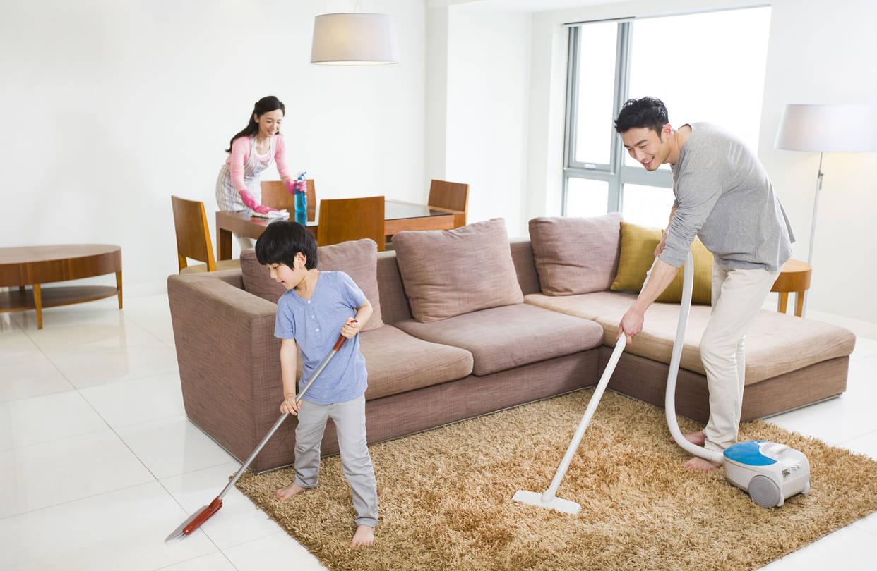 Vệ sinh nhà cửa để tránh các tác nhân gây bệnh viêm mũi dị ứng