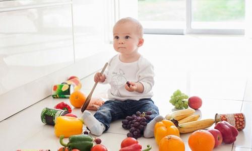 cần sáng suốt lựa chọn thực phẩm cho bé ăn dặm