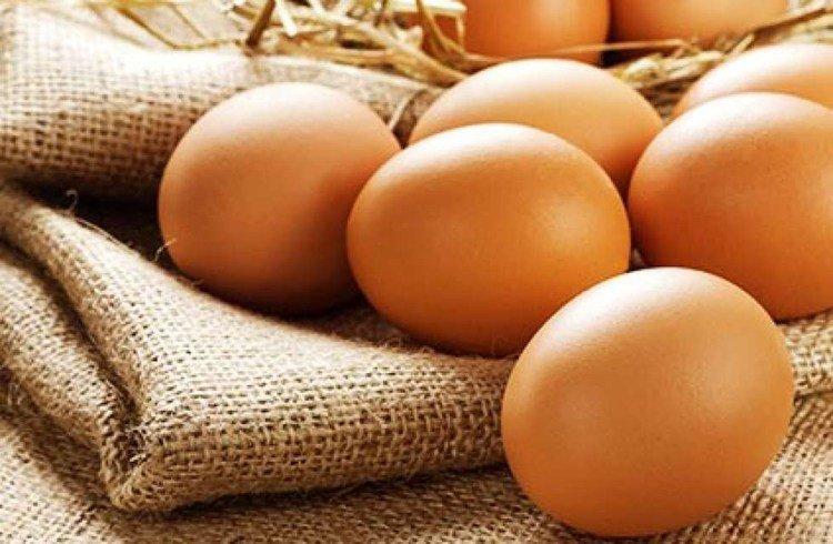 Người bị huyết áp cao chỉ nên ăn 2-3 lần trứng/tuần