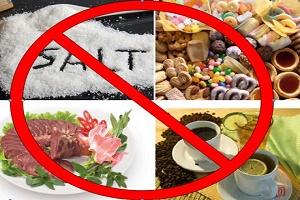 Người bị cao huyết áp không nên ăn gì