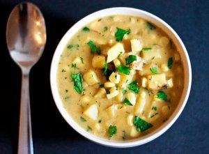 Súp khoai tây - món ăn tốt cho người viêm họng