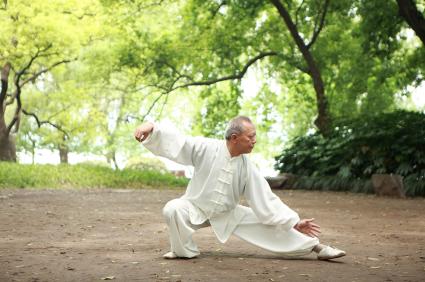 Người cao huyết áp nên tập thể dục đều đặn
