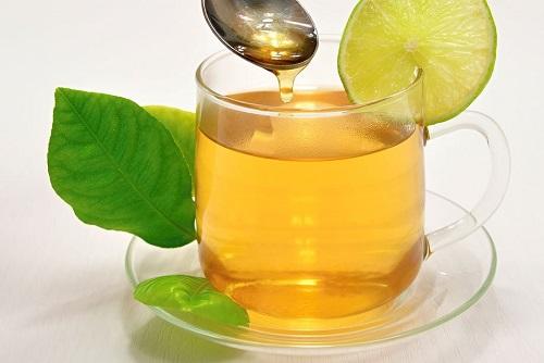 Chữa viêm họng bằng trà chanh mật ong