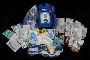 Túi cấp cứu của FIFA có hơn 100 món đồ