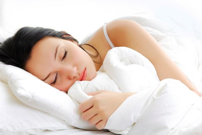 Ngủ sớm tốt cho người viêm loét dạ dày