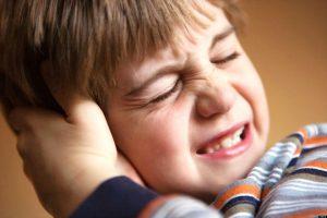 Viêm tai giữa ảnh hưởng đến sự phát triển của trẻ