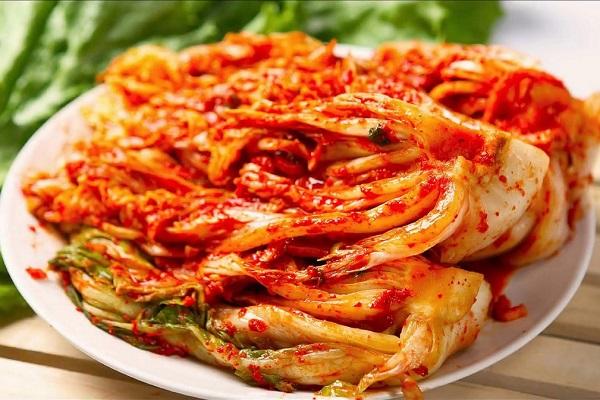 Kim chi cũng và các món muối chua cũng là một nguồn bổ sung men vi sinh