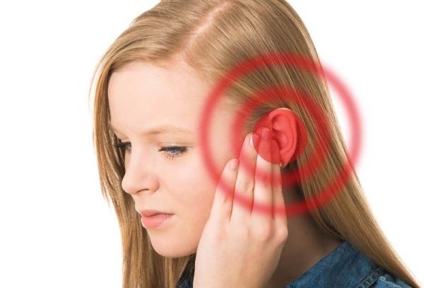 Người bệnh bị chóng mặt, ù tai