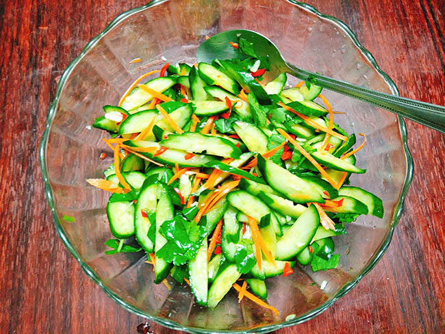 Dưa chuột (dưa leo) và cà rốt đều là thực phẩm tốt cho người bệnh tiểu đường