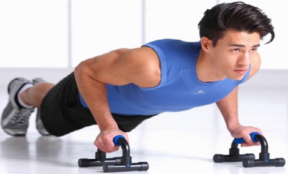 Tập thể hình giúp người tiểu đường tăng cường cơ bắp, rèn luyện sức khỏe.