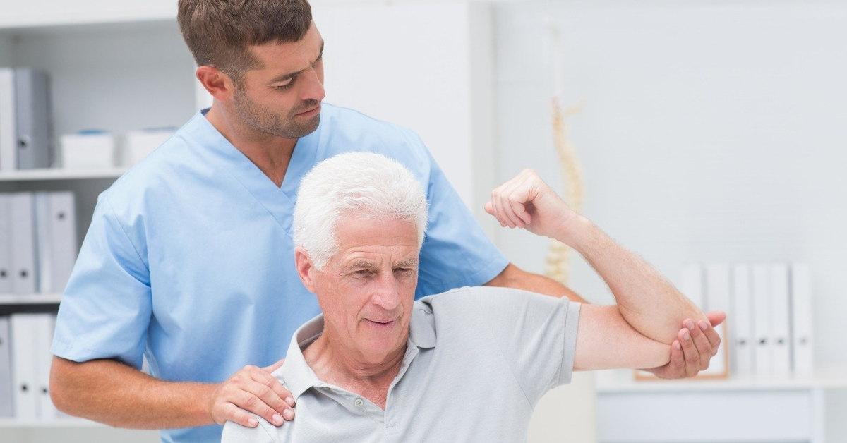 Tập luyện phục hồi chức năng sau tai biến mạch máu não