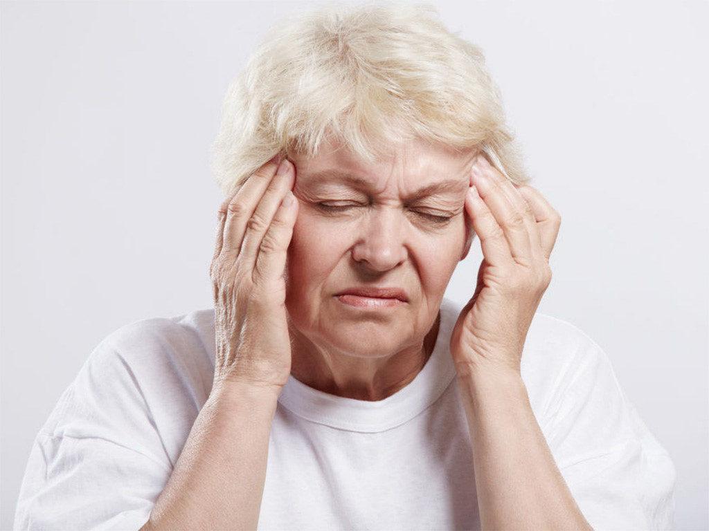 Thiếu máu não gây đau đầu, chóng mặt, suy giảm trí nhớ