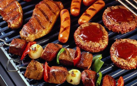 Thói quen ăn đồ chiên, nướng làm tăng nguy cơ ung thư dạ dày.