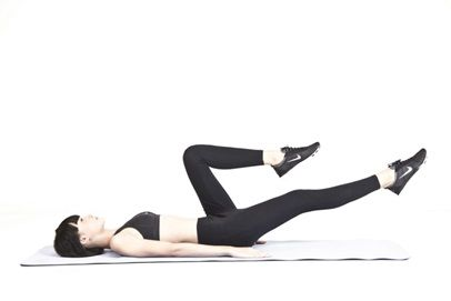 Bài tập khi nằm cho người suy giãn tĩnh mạch (1)