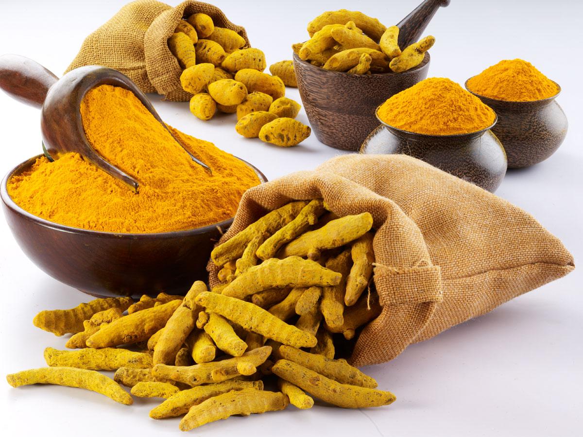 Curcumin được sản xuất và ứng dụng trong điều trị viêm loét dạ dày