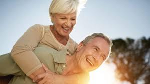 Tuổi tác là yếu tố chính ảnh hưởng tới nội tiết tố