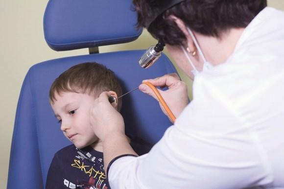Điều trị tại chỗ viêm tai giữa