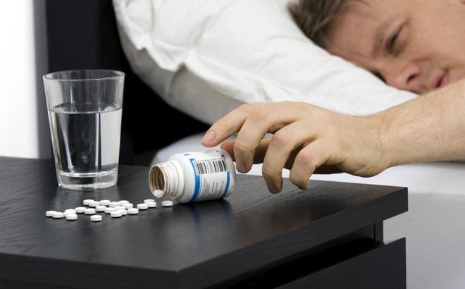 Người bệnh có nguy cơ lệ thuộc vào thuốc ngủ để chữa mất ngủ
