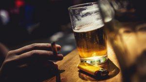 Rượu bia thuốc lá là nguyên nhân gây rối loạn nội tiết tố nam