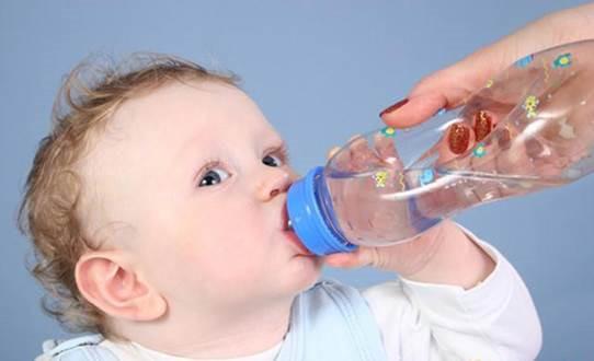 Dự phòng mất muối nước là quan trọng nhất trong điều trị tiêu chảy do rotavirus