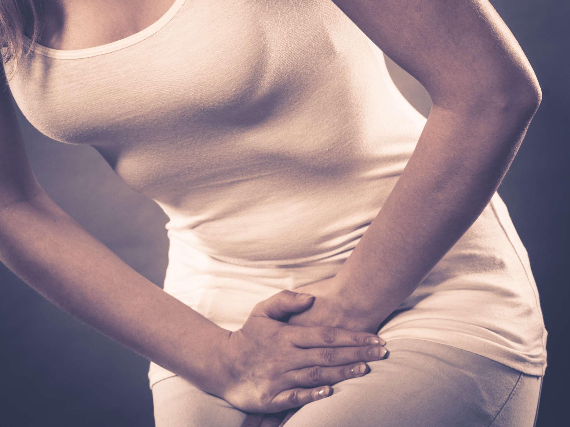 Đau vùng chậu có thể là dấu hiệu u nang buồng trứng
