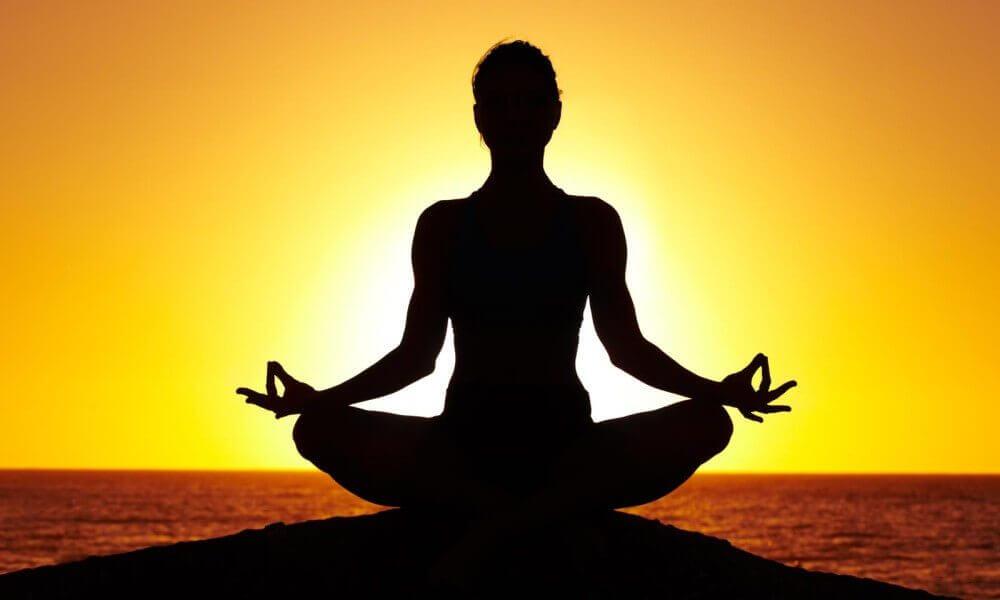Có nên tập yoga hàng ngày