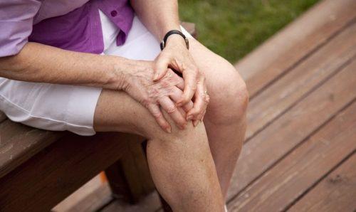 Lão hóa là nguyên nhân chính gây rathoái hóa khớp gối ở người cao tuổi
