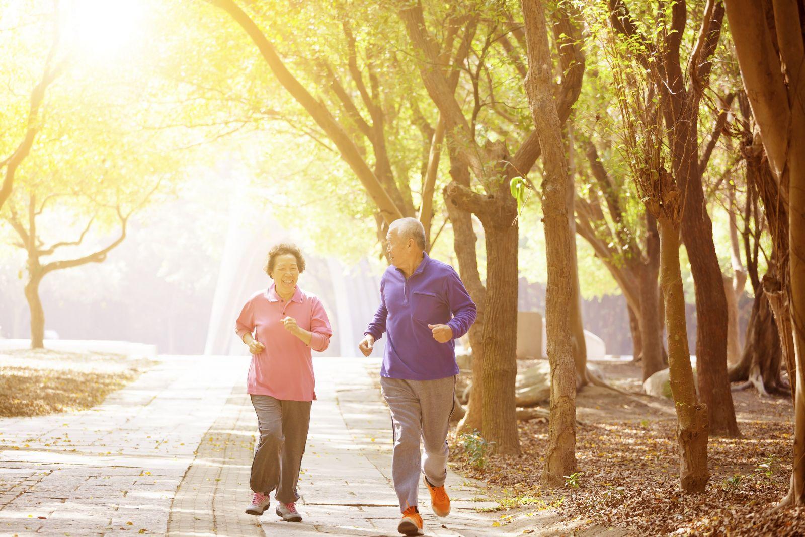 Tập thể lực đều đặn vừa sức giúp phong bệnh cao huyết áp
