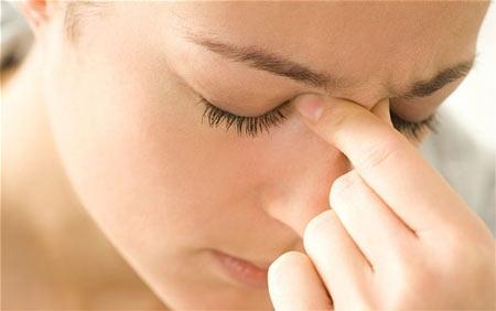 Viêm xoang gây khó chịu cho người mắc