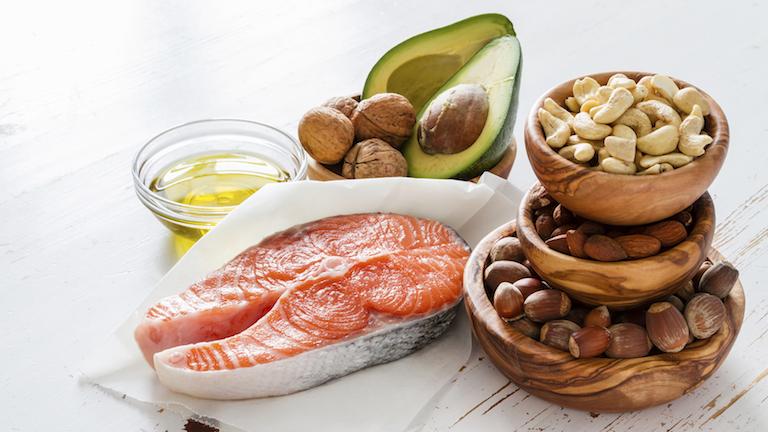 Thực phẩm chứa chất béo và protein lành mạnh, thêm một đáp án cho câu hỏi người bị đau dạ dày nên ăn gì