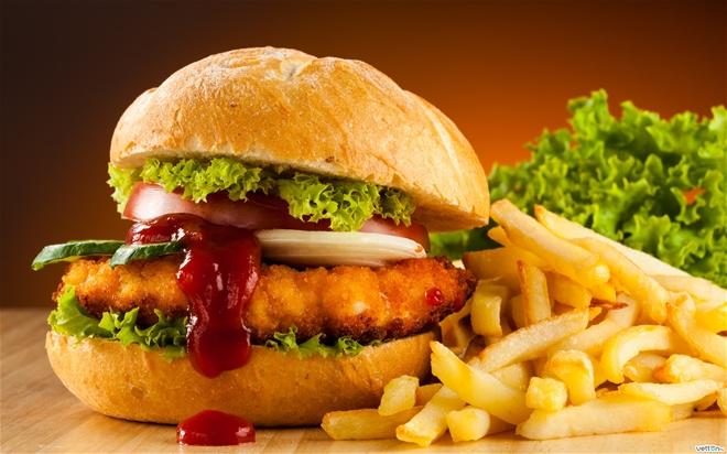 Ăn quá nhiều chất béo cũng ảnh hưởng tới việc sản xuất tinh trùng