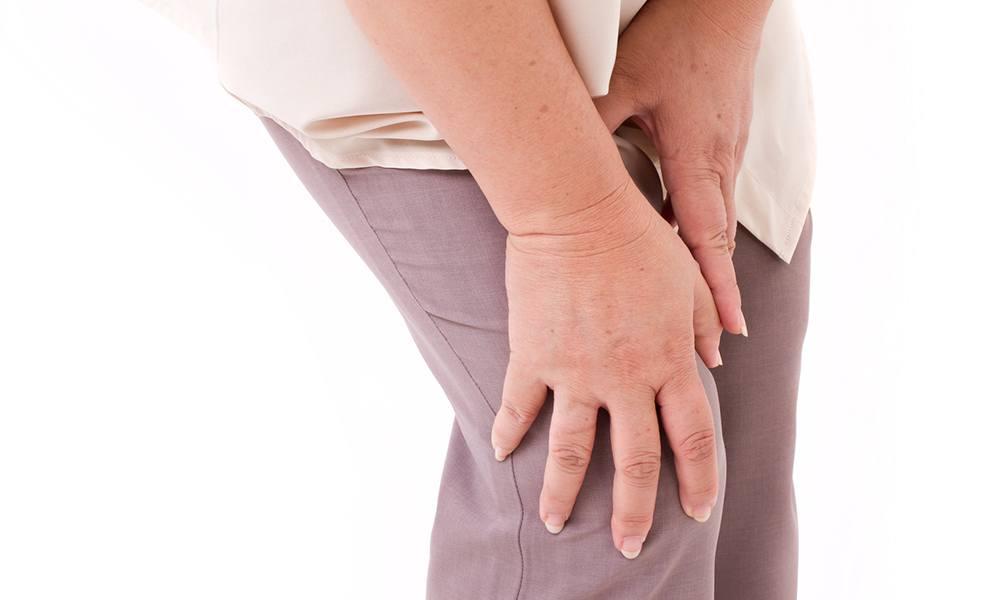 Đau là triệu chứng thường gặp trong thoái hóa khớp gối