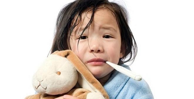 Trẻ dễ bị viêm mũi dị ứng nếu sức đề kháng suy giảm