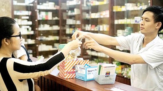 Việc sử dụng kháng sinh của thầy thuốc cũng rất rộng rãi