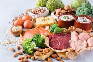 Người bị thoái hóa khớp gối nên ăn gì