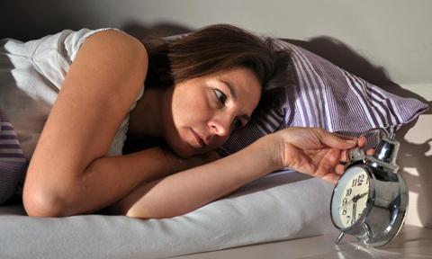 Nguyên nhân mất ngủ do suy giảm sản xuất hormone Melatonin