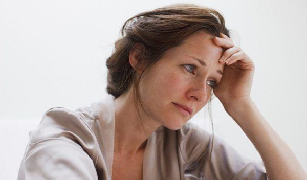 Rong kinh ở phụ nữ tiền mãn kinh