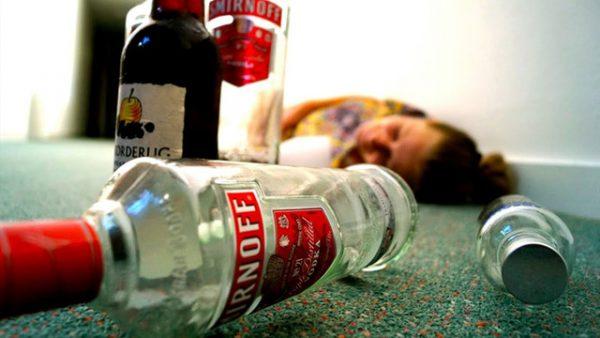 Ngộ độc rượu vô cùng nguy hiểm (nguồn: internet)