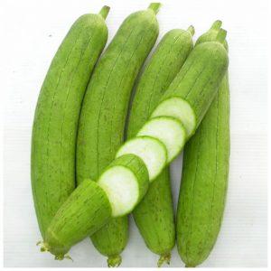 Người viêm cầu thận nên ăn các thực phẩm lợi tiểu như: bí đao, mướp...