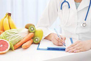 Những người mắc bệnh mạn tính cần ăn uống theo khoa học, hợp lí và tuân thủ theo chỉ dẫn