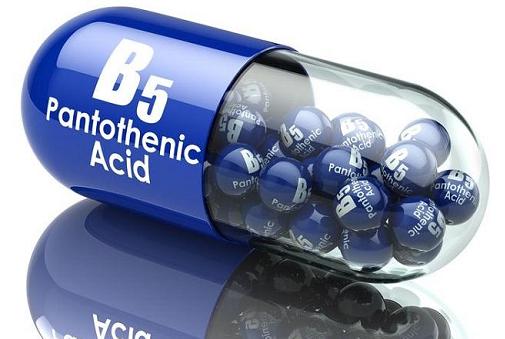 Vitamin B5 giúp làn da sau khi nặn mụn phục hồi nhanh hơn