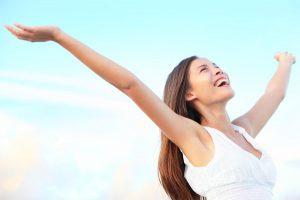 Tạo dựng một tinh thần luôn tươi trẻ và lạc quan là liệu pháp nâng cao sức khỏe hiệu quả