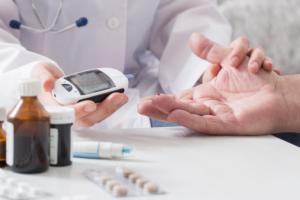 Tác hại của bệnh tiểu đường có thể xuất hiện đột ngột hoặc dần dần theo thời gian