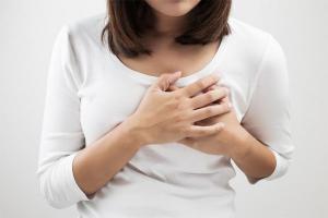 Tim đập nhanh là một triệu chứng không điển hình của bệnh thiếu máu cơ tim
