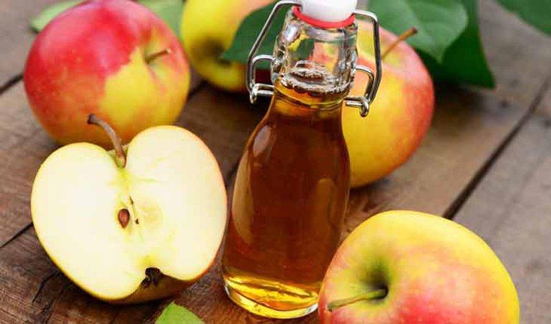 Giấm táo có tính acid nên dùng trong thời gian dài dễ gây tiêu chảy, đau bụng…