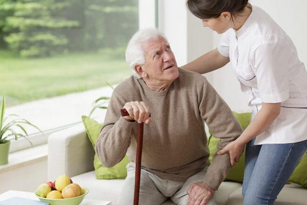 Cần lập chế độ để chăm sóc bệnh nhân parkinson giai đoạn cuối