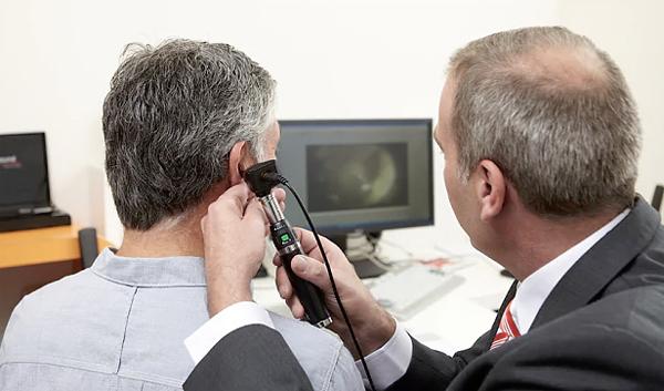 Nguyên nhân gây ù tai